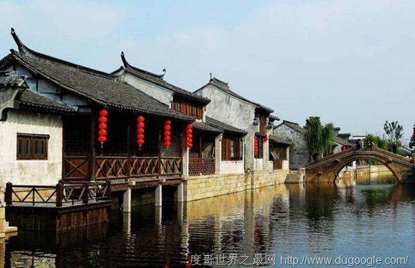 <a href=http://www.top123.biz/toplist/zhong/ target=_blank class=infotextkey><a href=http://www.top123.biz/toplist/china/ target=_blank class=infotextkey>中國</a></a>最冷門的9個古鎮,上裡古鎮風景不比烏鎮差