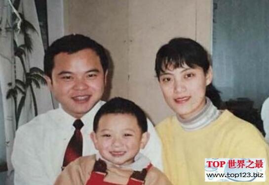 黃子韜富二代真的假的,黃子韜爸爸身家200億造假(www.top123.biz)